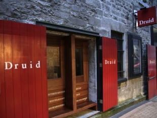 'The Beauty Queen of Leenane' presented by Druid Theatre Company