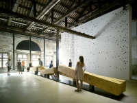'Shifting Ground' by Irish architects, heneghan peng at la Biennale di Venezia
